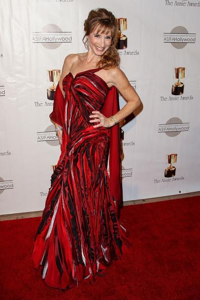 Dina+Sherman+40th+Annual+Annie+Awards+Arrivals+2T7cTxHphGml